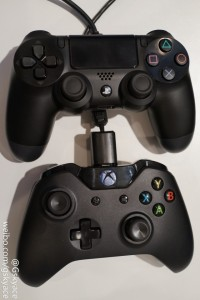 ps4-xboxone-controllersidebyside